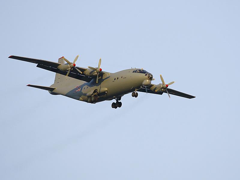 Грузовой самолет Ан-12.